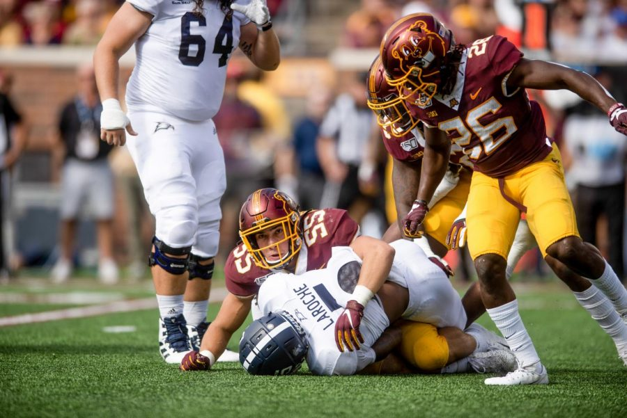 Gophers Linebacker Mariano Sori-Marin makes a tackle on Thursday, Sept. 12, 2019.