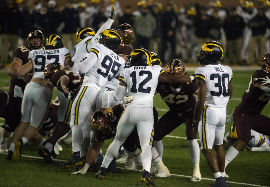 The+Gopher+and+Wolverine+lines+clash+at+TCF+Bank+Stadium+on+Saturday%2C+Oct.+24.+Minnesota+fell+to+Michigan+49-24+in+their+first+showing+of+the+season.
