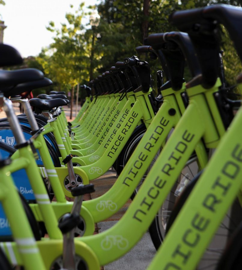 Nice+Ride+Bikes+sit+at+a+bike+rack+on+Pleasant+St+SE+on+the+University+of+Minnesota%E2%80%99s+campus%2C+Sept.+9.+Nice+Ride+is+Minneapolis%E2%80%99+bike-sharing+service%2C+with+over+3%2C000+bikes+and+400+stations+for+renting+a+ride.
