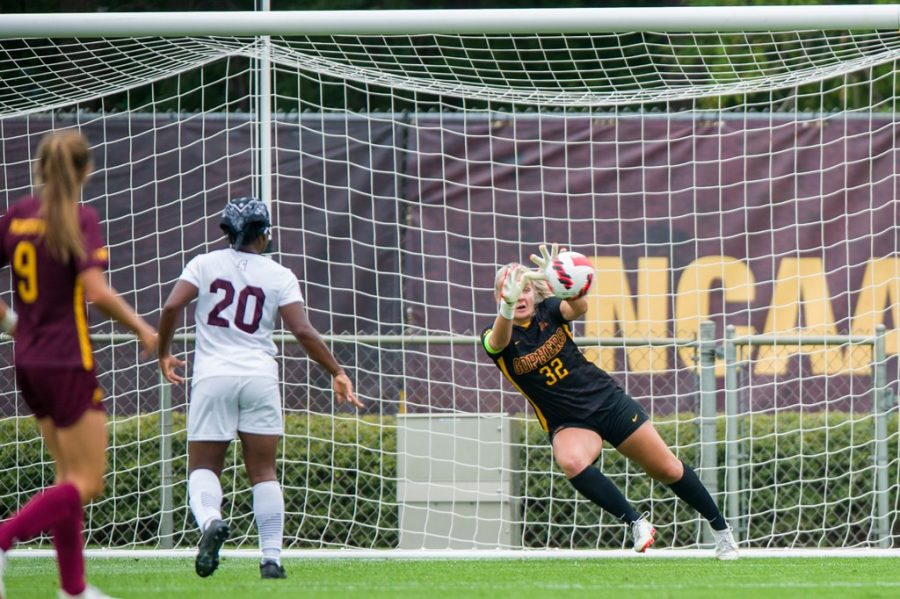 Junior+goalkeeper+Megan+Plaschko+dives+to+her+right+to+make+one+of+her+nine+saves+against+Mississippi+State+on+Thursday%2C+Sept.+2%2C+2021%2C+at+Elizabeth+Lyle+Robbie+Stadium+on+the+St.+Paul+campus.